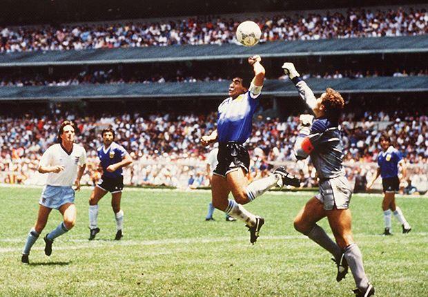 Tus momentos favoritos de la Copa del Mundo: Maradona y el 'Gol del Siglo'