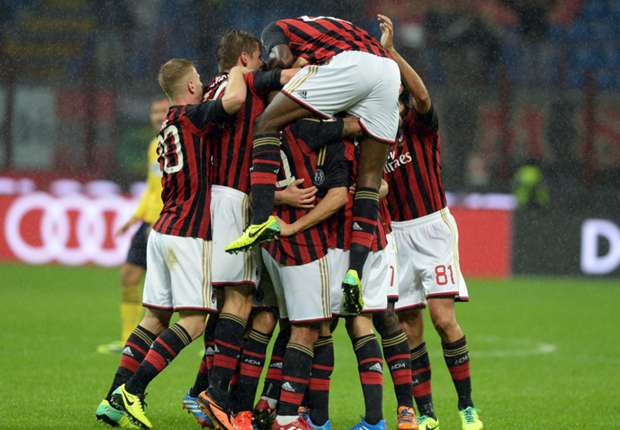 Balotelli very important to the team, insists Kaka