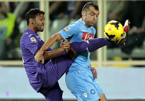 Fiorentina 1-2 Napoli: Partenopei survive second-half barrage to stay second