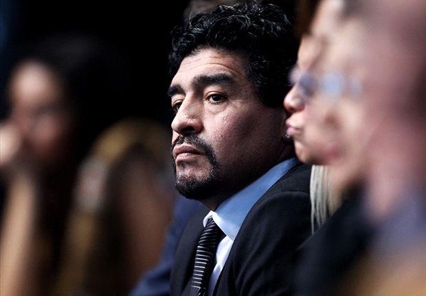 Aguero is a 'wimp', fumes Maradona