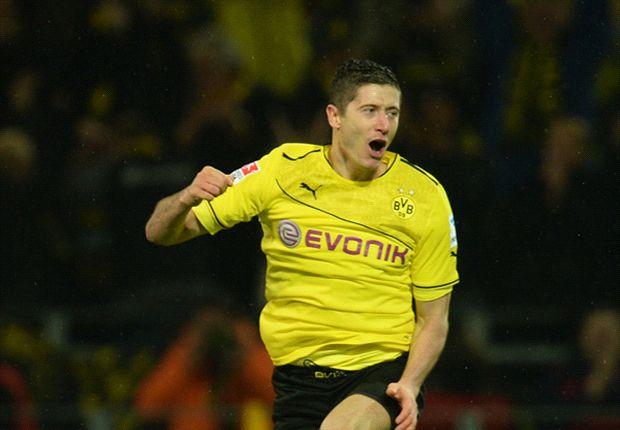 Borussia Dortmund 6-1 Stuttgart: Lewandowski hits hat-trick
