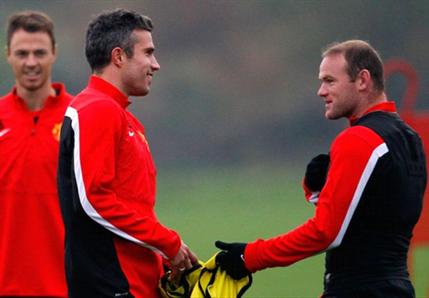 Partnership with Rooney is getting stronger, says Van Persie