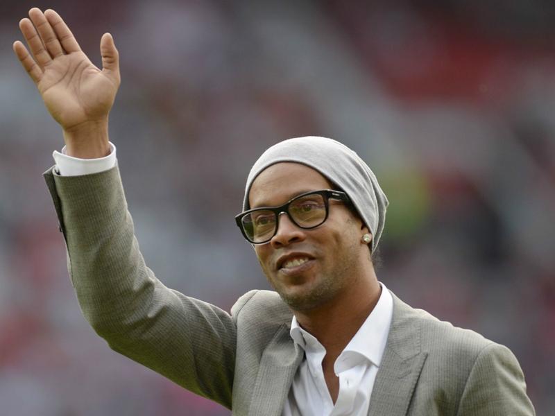Ronaldinho e il suo rimpianto… Avrei voluto giocare di più con Messi