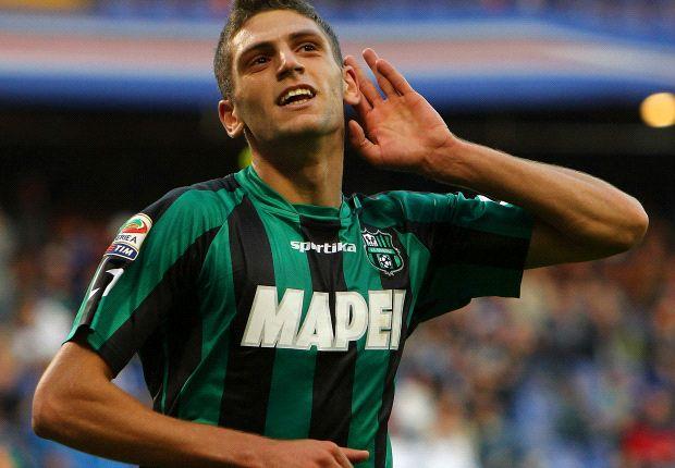 Berardi esulta dopo un goal con il Sassuolo