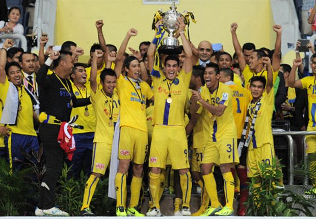 Pahang players celebrated their Malaysia Cup win jubilantly.