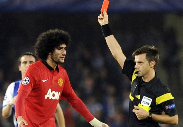 Manchester United boss Moyes insists Fellaini will improve