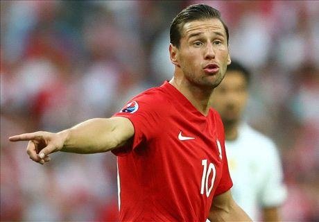 PSG keen on Krychowiak - but no deal