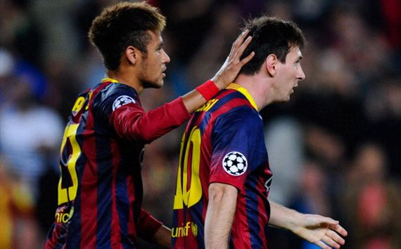 Messi seals Barca progress