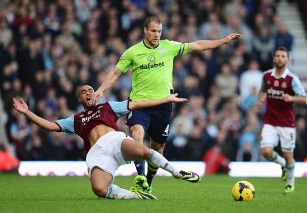 Aston Villa are stronger than last season - Vlaar