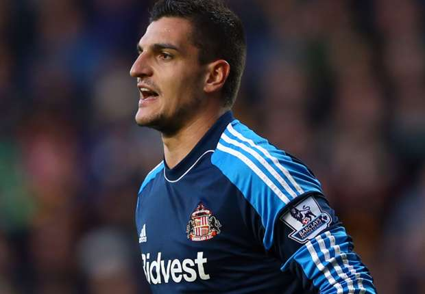 Mannone ready to fight for Sunderland place