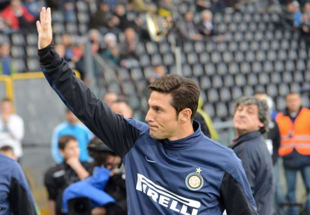 Zanetti se inclina por Messi