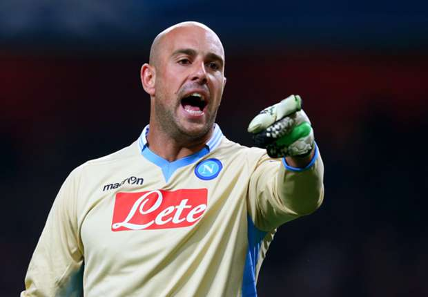 Napoli goalkeeper Reina had Barcelona agreement, reveals father