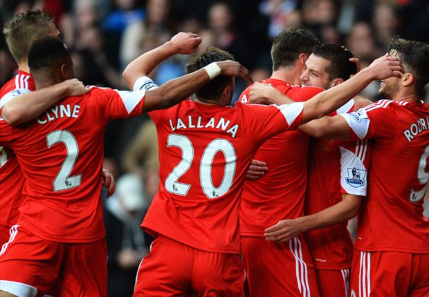 Southampton 4-1 Hull City: Lallana keeps classy Saints marching on