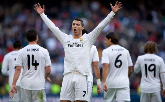 338854hp2 - Ronaldo hat-trick fires ruthless Blancos to victory
