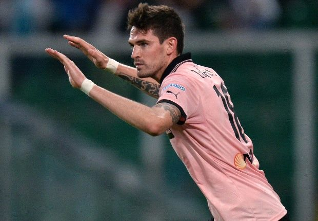 Norwich City sign Lafferty from Palermo