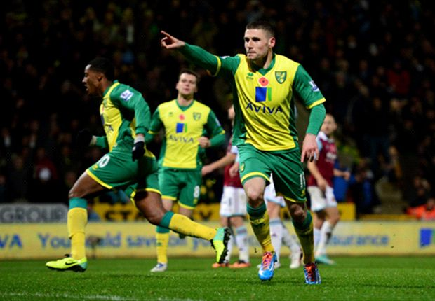Norwich City 3-1 West Ham United: Fer caps vital win for Hughton