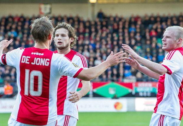 REVIEW Eredivisie Speelronde 13: Ajax Amsterdam Berpesta, PSV Eindhoven Merana