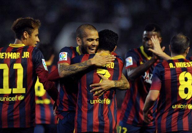 Los jugadores celebran el 2-0, obra de Pedro.