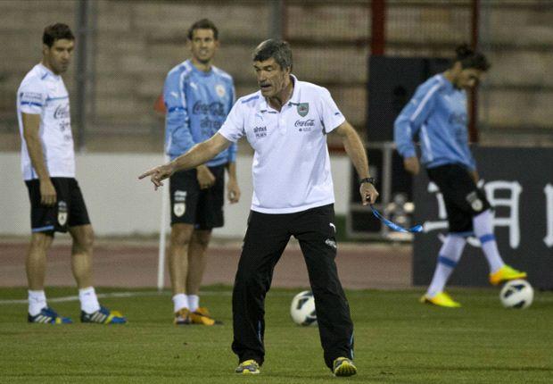 Bajo las órdenes del Profe Herrera, Uruguay reconoció el estadio durante una hora y media