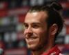 Bale se luce con un palo de golf