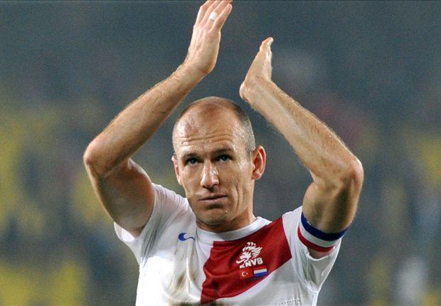 Arjen Robben Senang Kapteni Belanda