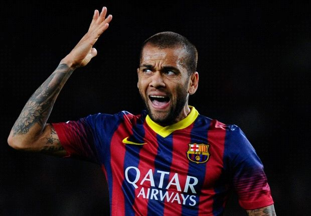 Dani Alves ruled out for up to 10 days with injury