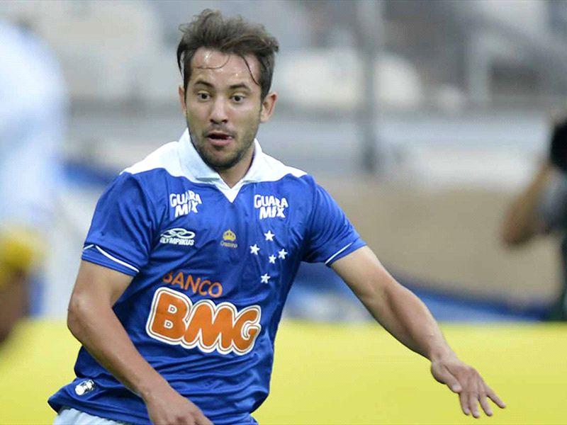 Marcelo Oliveira indica time titular do Cruzeiro para enfrentar o Botafogo