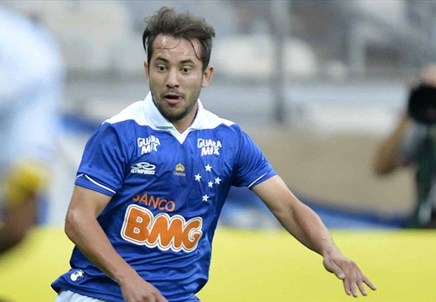Cruzeiro rejects bid from unnamed English club for Brazilian starlet Everton Ribeiro