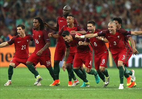 Portugal beat Poland on penalties
