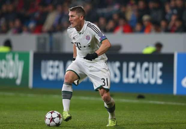 Schweinsteiger looking to make history with Bayern