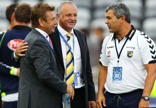 Arnold and his successor, pictured with John Kosmina