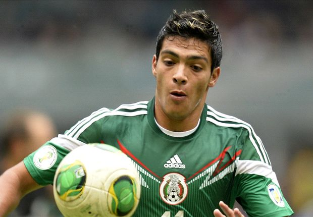 Jiménez en un partido con la selección mexicana