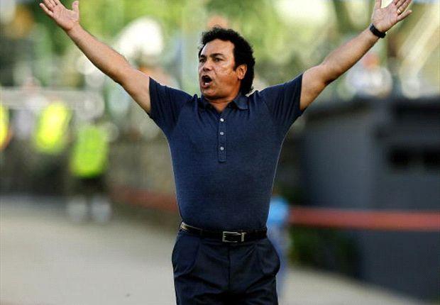 Hugo Sanchez backs Carlos Vela decision