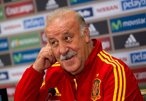 Del Bosque warns against Spain complacency