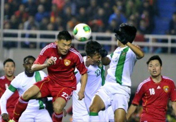 Indonesia menderita kekalahan 0-1 dari Cina, Jumat (15/11) malam, yang membuat peluang untuk lolos ke Piala Asia 2015 semakin berat.