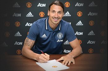 WATCH: Ibrahimovic trains with Man Utd for first time