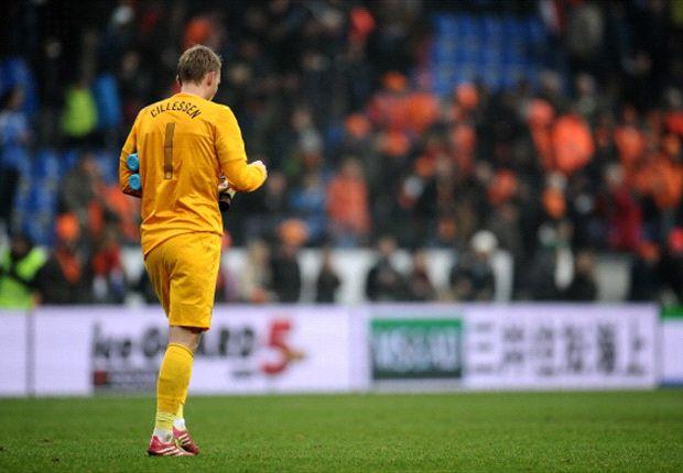 Jasper Cillessen was de enige basisspeler van de interland tegen Japan die zondag op het trainingsveld in Noordwijk verscheen