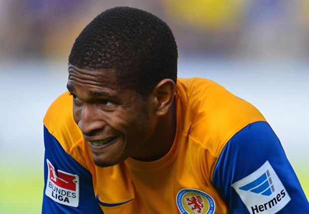 Simeon Jackson move to Millwall imminent