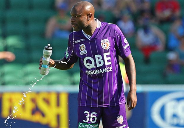 Perth Glory coach slams 'ridiculous' decision