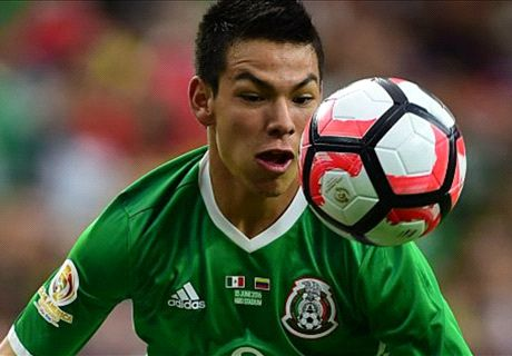 Man Utd in talks for Mexico's Lozano