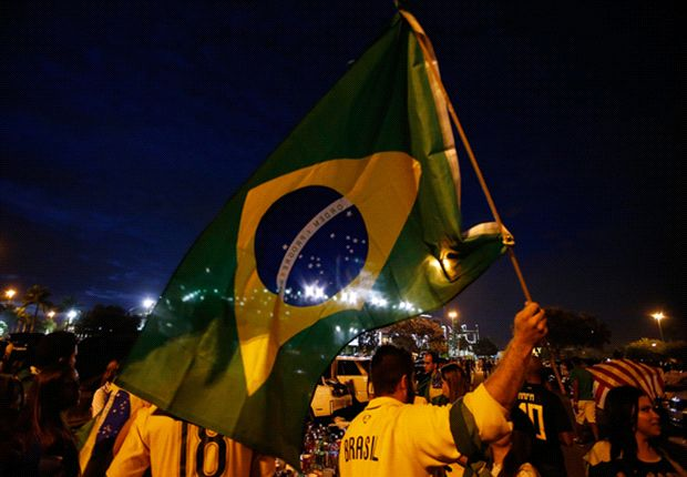 Brilliant Bernard, wily Willian and the Selecao's samba celebrations - Brazil's thrashing of Honduras in pictures