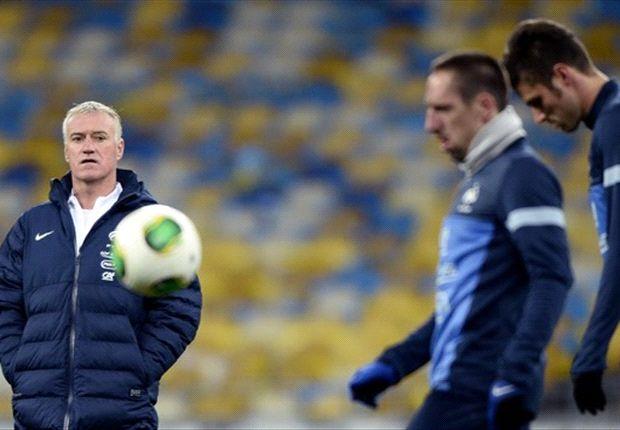 Didier Deschamps, durante un entrenamiento con Francia