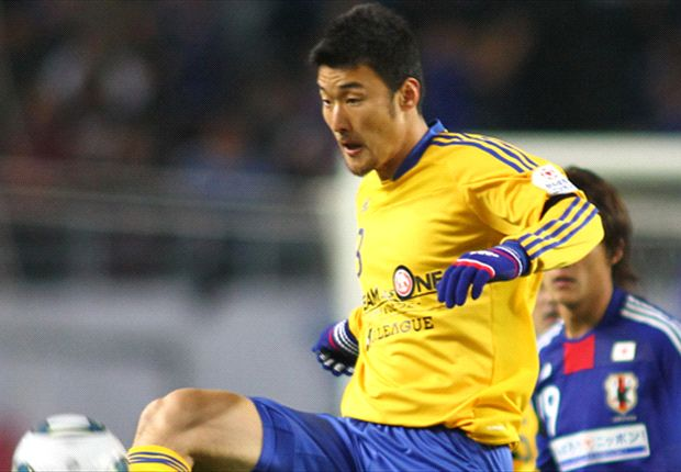 Teruyuki Moniwa set to sign for Bangkok Glass