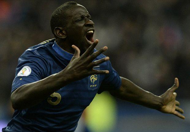 Mamadou Sakho celebrates for France