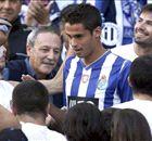 MEXICANOS: Competencia para Reyes en Anderlecht