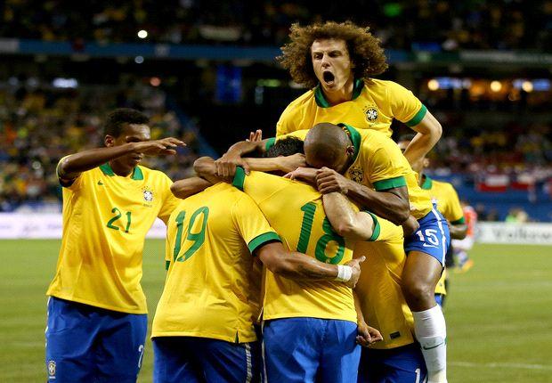 Scolari: Brazil must win World Cup