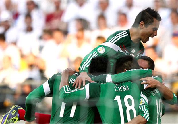 New Zealand 2-4 Mexico (agg 3-9): Peralta hat-trick sends Tri to Brazil