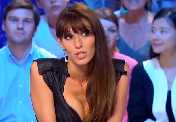 French weather girl to present forecast naked after France comeback