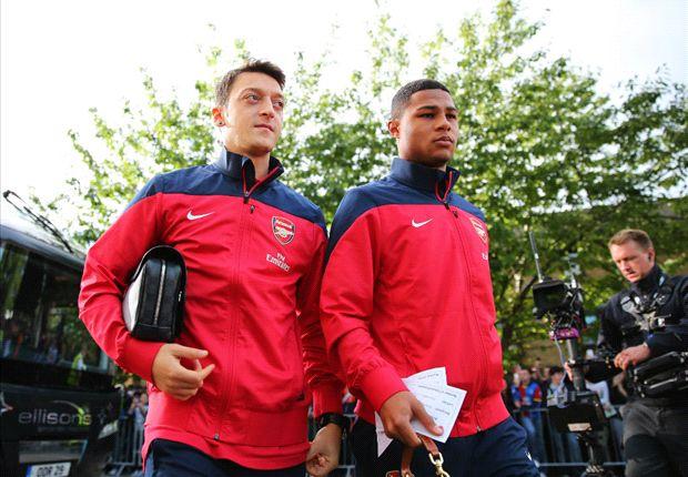 Könnte noch auf den WM-Zug aufsspringen: Serge Gnabry, hier an der Seite von Mesut Özil