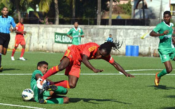 Salgaocar remain top with a draw